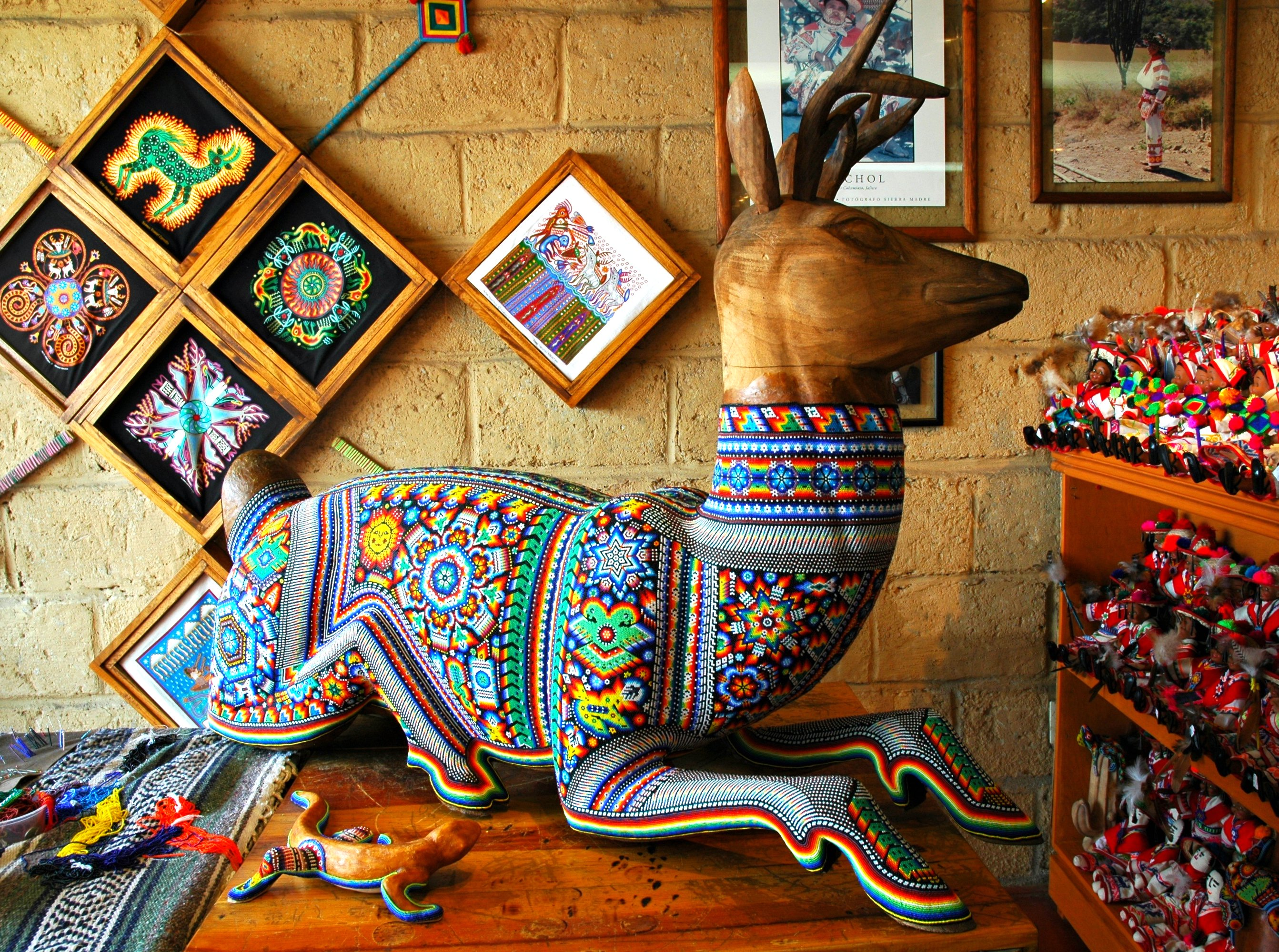 huichol-art-in-puerto-vallarta